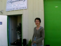 On emmène une mère au foyer visiter un sauna libertin près d'Evreux ! (vidéo exclusive)