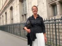 Madame Sophie, prof de grec ancien initié à la double-pénétration à la demande de son mari ! (vidéo exclusive)