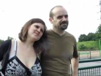 A 39 ans Richard va se taper la tata de 54 ans et sa nièce de 20 ans ! (vidéo exclusive)