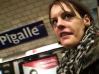 Pour se venger de son mec Elodie nous laisse lui péter le cul dans une chambre d'hôtel à Pigalle ! (vidéo exclusive)