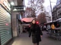 On réalise le fantasme de Joana de Paris, juste à la sortie de son travail (vidéo exclusive)