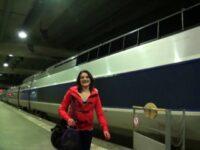 Etu diant e, elle se paye le train depuis Brest pour vivre l'expérience ultime dans son cul ! (vidéo exclusive)