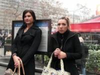 Les filles de l'abri de bus on trouvé leur maître : séance d'éducation peu banale ! (vidéo exclusive)