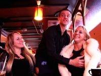 Cynthia et Christina, deux salopes blonde et Belges test le triolisme! (vidéo exclusive)