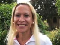 Angélique, la prof de sport que tout Lyon veux baiser!