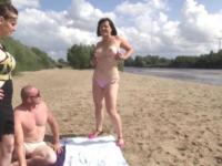 On l'encule devant son mari en bords de Loire ! (vidéo exclusive)