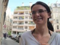 Sidonie, mère au foyer désespérée, fait garder ses enfants à une amie pour venir se faire enculer chez nous ! (vidéo exclusive)