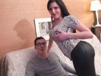 Cécilia, 21 ans, vendeuse en lingerie, enculée pour la bonne cause ! (vidéo exclusive)