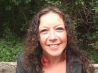 Omelia, une trentenaire de Nantes qui avait simplement envie de se faire enculer ! (vidéo exclusive)