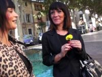Lana, trentenaire masseuse dans un SPA ! (vidéo exclusive)