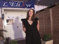 Chloé, 36ans, secrétaire médicale, cougar offerte à des jeunes en club ! (vidéo exclusive)