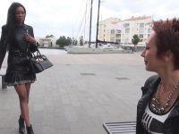 Imane, une bombe black de la Rochelle, initiée à l'échangisme au Cap d'Adge ! (vidéo exclusive)
