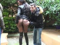 Imane, 25 ans, la bombe black de la Rochelle, offerte à l'hôtel à un vieux pervers ! (vidéo exclusive)