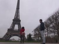 Journée tourisme et perversités avec Lana à Paris ! (vidéo exclusive)