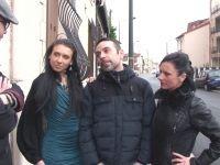Frédéric, un fan qui la main sur le coeur, accueille Elvira et Amélie chez lui ! (vidéo exclusive)