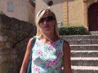 Christelle, 38 ans, coiffeuse fan de notre site revient pour tester le triolisme ! (vidéo exclusive)