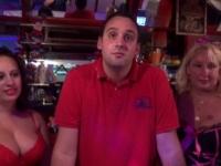 A la rencontre de Fabienne, la mamie salope, au club le Diablotin 33 ! (vidéo exclusive)
