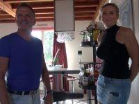 Après 25 ans de vie conjugale pépère Sabrina et son mari décident de s'offrir à d'autres ! (vidéo exclusive)