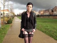 Stéphanie, secrétaire médicale qui fantasme sur les bites de black ! (vidéo exclusive)