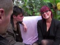 Avec la sensuelle Carole, cougar et cadre sup ! (vidéo exclusive)