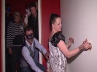 Caroline offerte en gang-bang au sauna Le Lotus à Frontignan ! (vidéo exclusive)