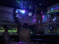 Salope grenobloise enculée dans un club de la ville ! (vidéo exclusive)