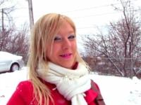 Christine, 18 ans, petite salope blondinette ! (vidéo exclusive)