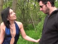Amel fait la pute au Bois de Boulogne ! (vidéo exclsuive)