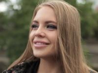 Alessandra, 22 ans, prof de fitness russe en vacances à Paris ! (vidéo exclusive)