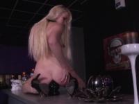 Lola, superbe blonde défoncée comme une chienne ! (vidéo exclusive)
