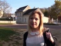 Mélanie, 29 ans, serveuse dans un restaurant à Rouen ! (vidéo exclusive)