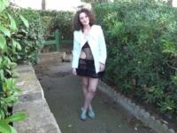 Céline, jeune pute à bouclettes qui adore la sodomie ! (vidéo exclusive)