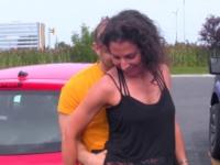 Simone, 38ans, chakras ouverts et plus si affinité ! (vidéo exclusive)