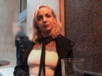 Victoria, vendeuse au rayon homme d'un magasin parisien, filmée en cachette sur son lieu de travail puis baisée dans une remise ! (vidéo exclusive)