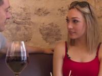Emilie, une oenologue au gros cul ! (vidéo exclusive)