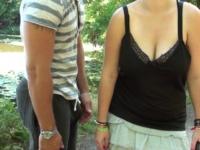 Ilia, jeune maman à gros seins, bourgeoise de Neuilly, sauvagement enculée dans les bois ! (vidéo exclusive)