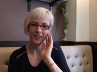 Eva, enseignante en région parisienne, continue d'apprendre !  (vidéo exclusive)