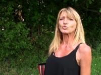 Alicia, 50ans, de Toulon aime s'exhiber et baiser en exterieur !  (vidéo exclusive)