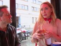 Lola,jeune russe de 23ans qui aime la brocante !  (vidéo exclusive)