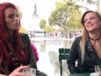 Tiffany mène la belle Lily vers l'indécence !  (vidéo exclusive)