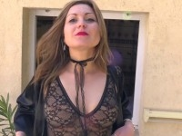Trio et baise bien hard pour Andréa, 24 ans!  (vidéo exclusive)