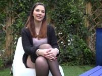 Un duo bouillant pour Adria, 23ans!  (vidéo exclusive)