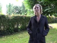 Les nouvelles expérimentations de Luigia, vendeuse de lingerie!  (vidéo exclusive)