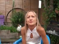 Leyla, 48ans, nous est offerte par son mari !  (vidéo exclusive)