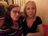 Trio avec Ivanah, 25ans, et Flora, 32ans !  (vidéo exclusive)