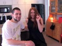 Valérie, 19ans, et son homme !  (vidéo exclusive)