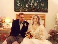 Manuella inondée de sperme pour son mariage!
