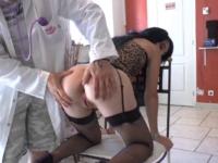 Un bon mari offre des cours de sodo à sa chère épouse!