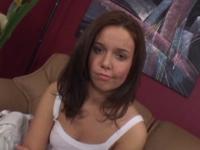 Casting très hot avec Ryley, 18 ans!