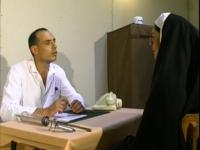 La religieuse est une fan de dilatation en tout genre!